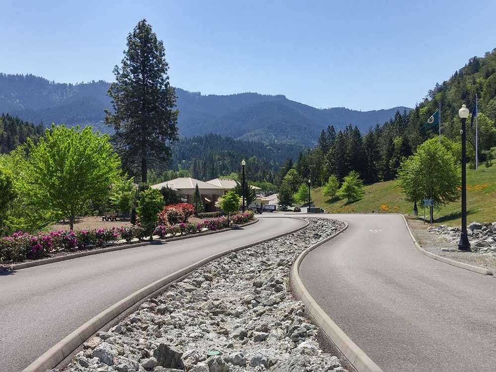 Seven Feathers Rv Resort Canyonville Campgrounds Good Sam Club In 2020 Rv Parks Resort Campground