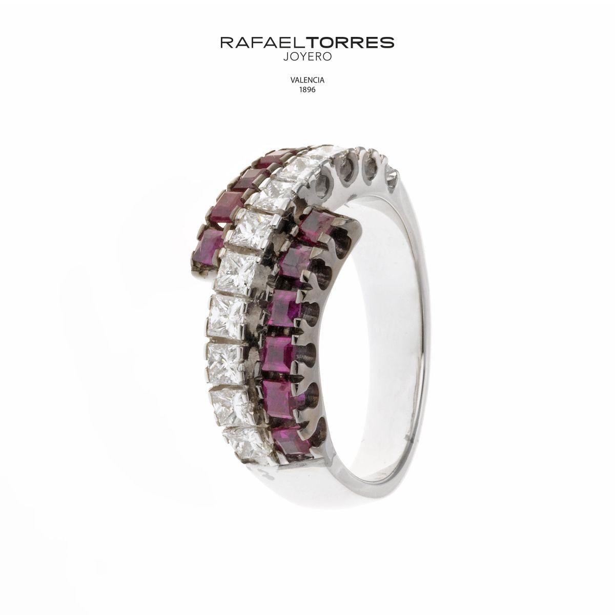 El #diamante, la más valorada de todas las #gemas y la sustancia más dura conocida en la Tierra.