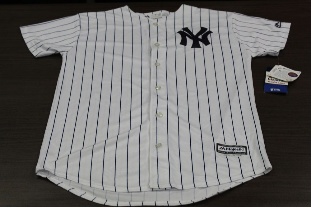 7ad342e27 ... navy blue 7490d ff062  buy new york yankees majestic mlb baseball jersey  youth xl nwt 55 retail 29.99 96760 53275