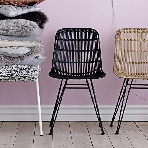 Chaise En Rotin Tresse Et Pietement En Metal Bloomingville Noir Decoclico Chaise Rotin Chaise Chaise Confortable