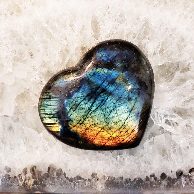 Labradorite Healing Properties Benefits Labradorite Crystal Therapy Crystal Healing