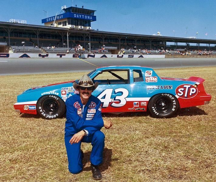 Sofa King Fast Racing: Richard Petty, NASCAR