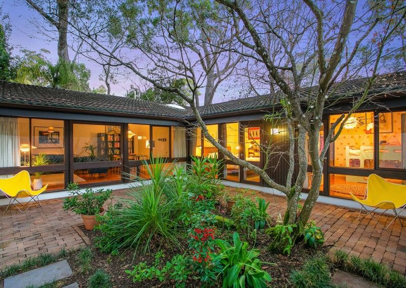 Courtyard House 4 Staddon Close St Ives Nsw Modernist