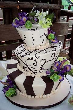 Design Wedding Cakes and Toppers: Three Tier , Brown And White Mad ...