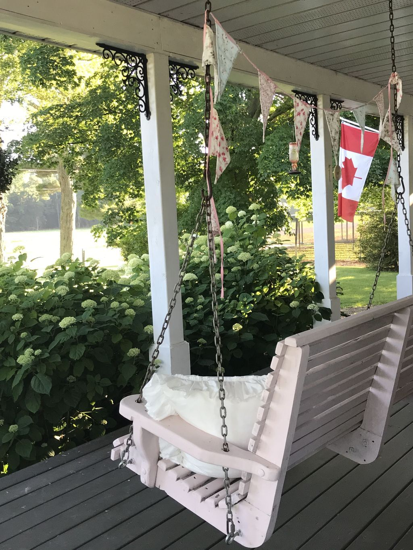 60 beautiful farmhouse summer porch decorating ideas in