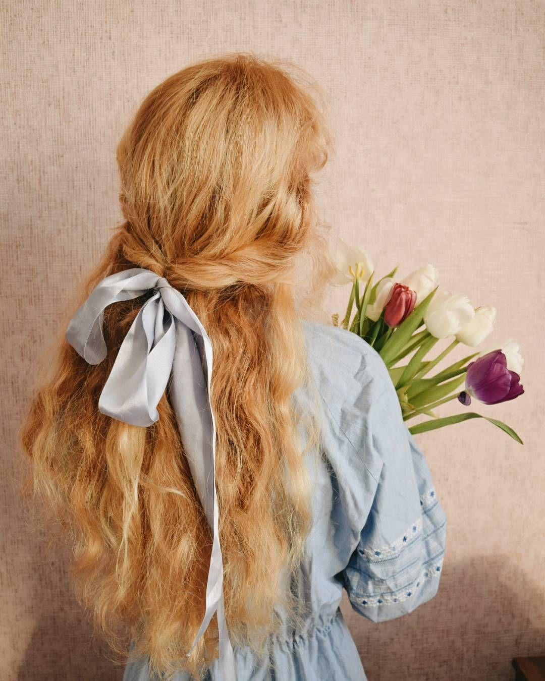 Desert Rose Moon in 2020 Hair ribbons, Hair styles