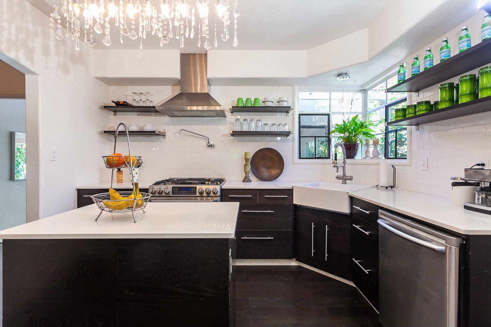 Pin by rahayu12 on interior analogi | Contemporary kitchen ...