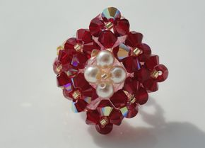 Bague losange rouge bordeaux et blanche nacrée en perles de ...