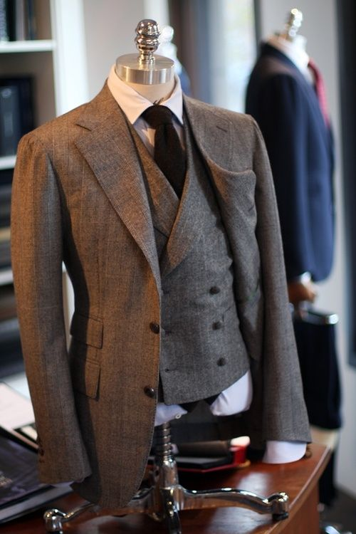 A wonderfully classic, wool day-suit with a nice high-cut double-breasted waistcoat.