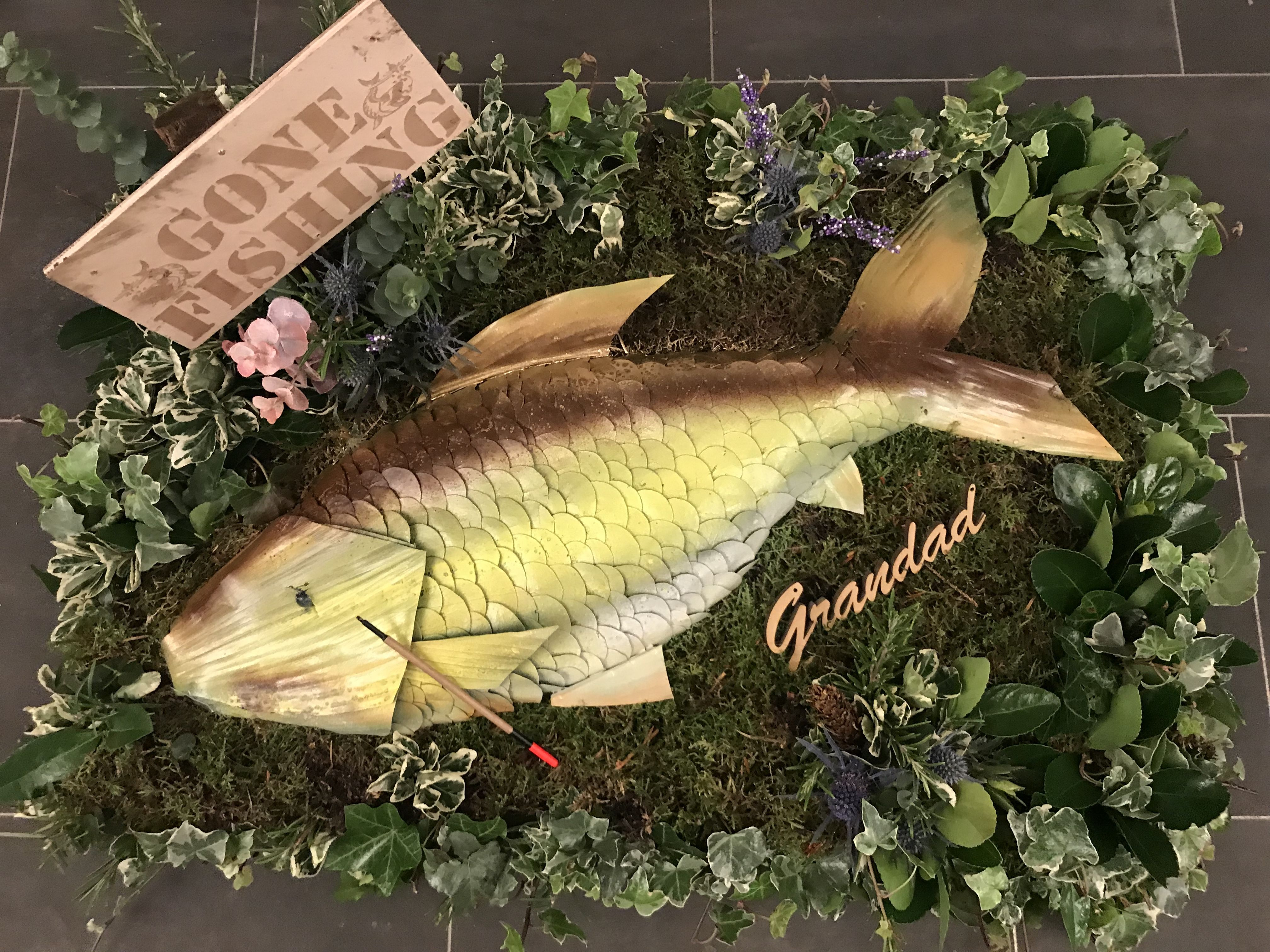 A cleverly designed fish funeral tribute for a gentleman who enjoyed a cleverly designed fish funeral tribute for a gentleman who enjoyed carp fishing this piece izmirmasajfo