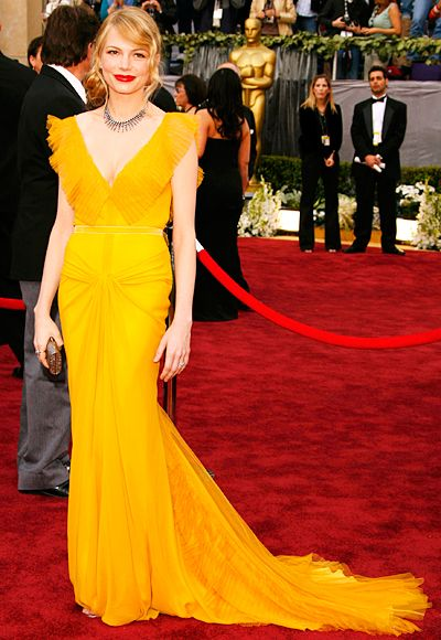 Brokeback Mountain nominee #MichelleWilliams owned the red carpet in a marigold design from #VeraWang at the 2006 Oscars. http://www.instyle.com/instyle/package/oscars/photos/0,,20564210_20561293_21105326,00.html