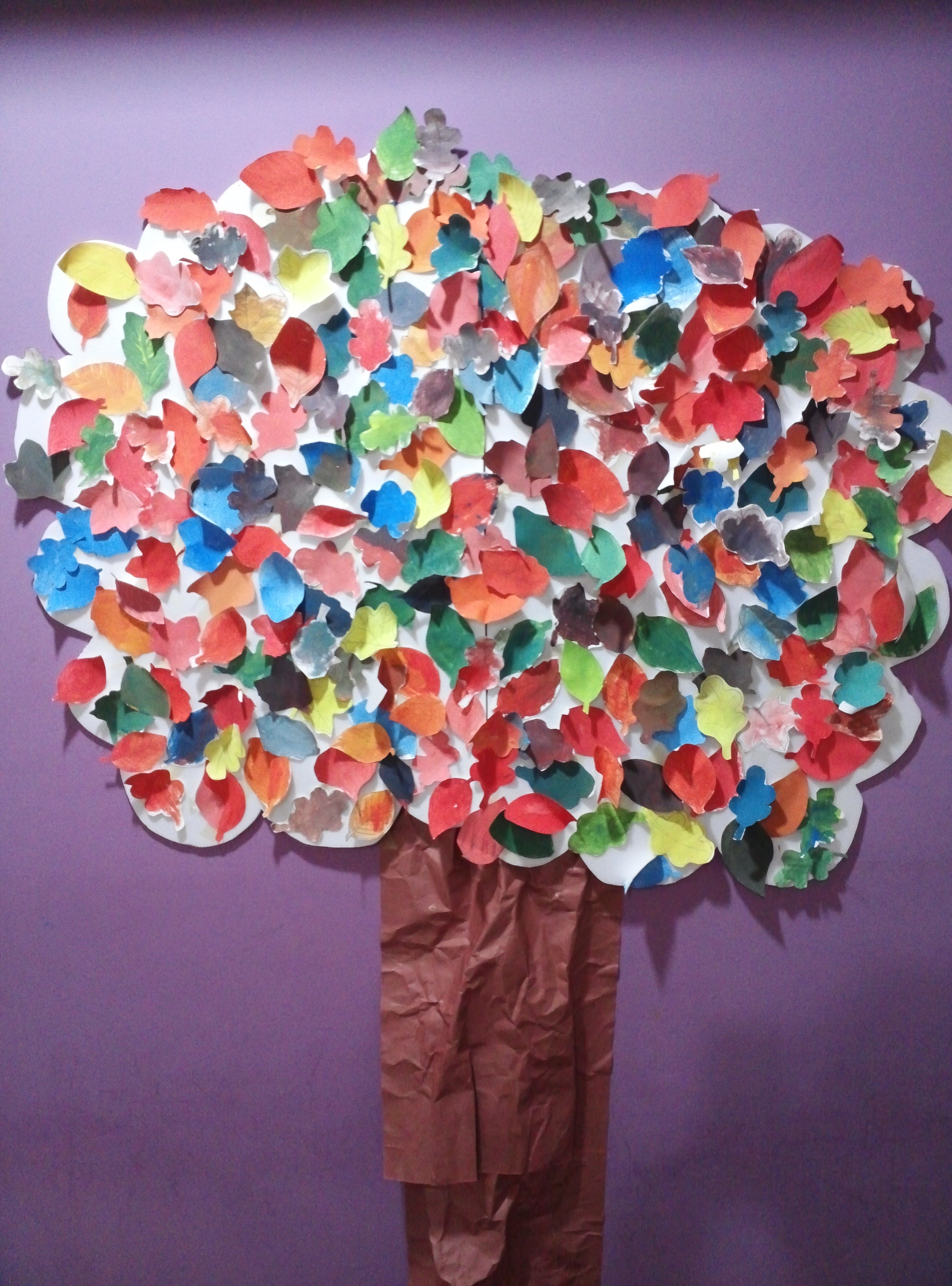 Build A Fall Tree With Your Kids Learn What Colors Are