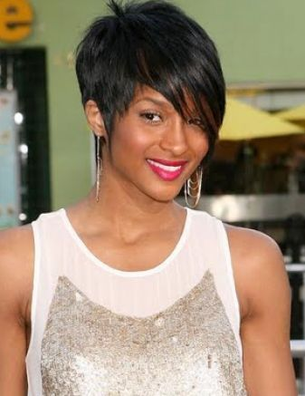 Short Stacked Hairstyles Back View Rihanna 1
