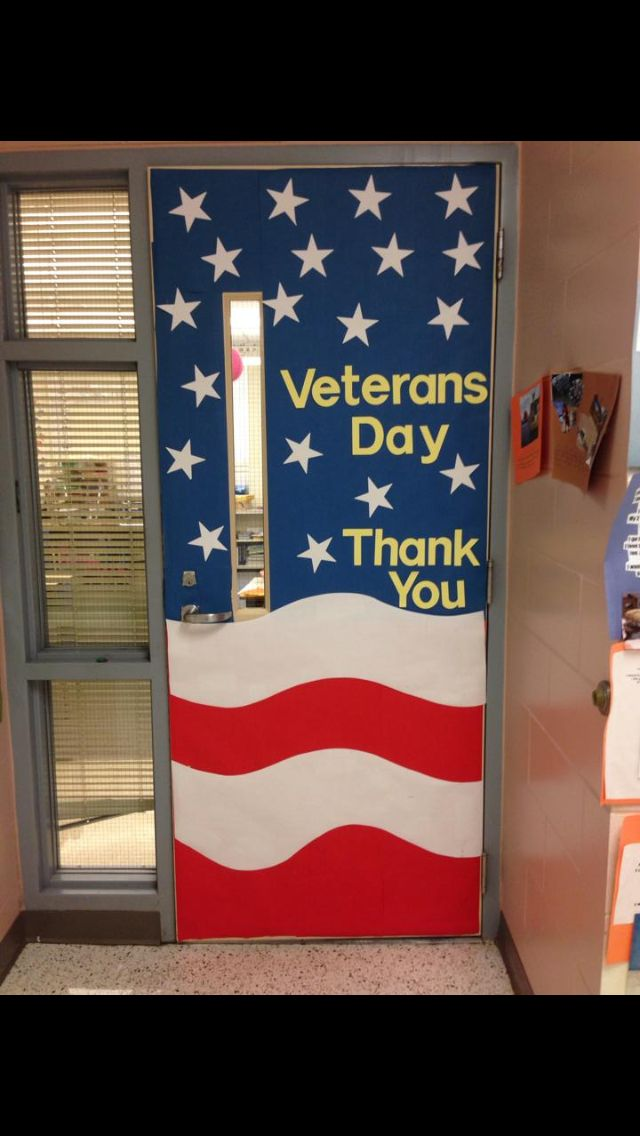 Pin By Ashley Lee On Education Veterans Day Door Decorations Door Decorations Classroom Patriotic Classroom