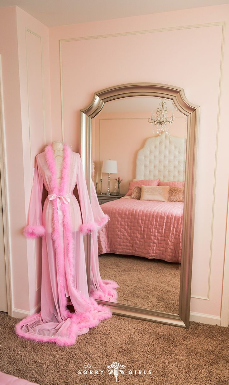 Easy Diy Princess Canopy Bed Featured