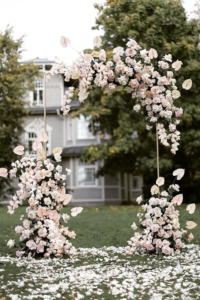 The Biggest Wedding Trends 2019 Buds Blooms Wedding Wedding