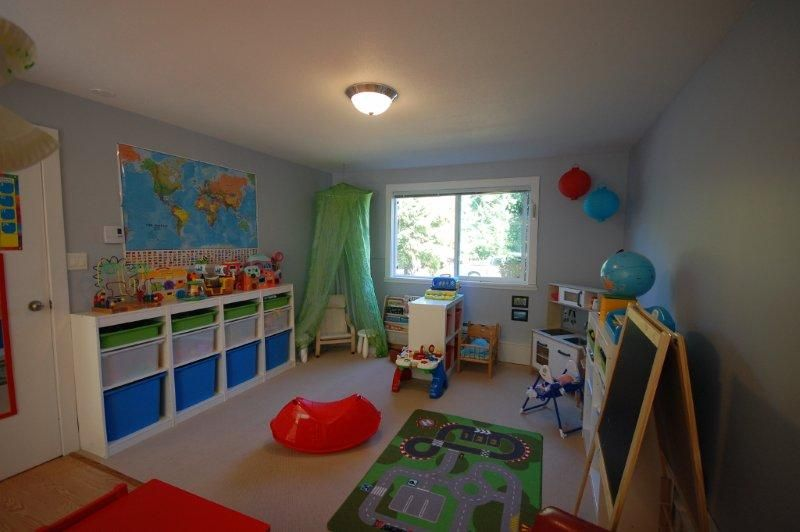 home day care vs center based From day care to au pairs, every family has a child care option that  age five  attend official day care centers, according to the us census.