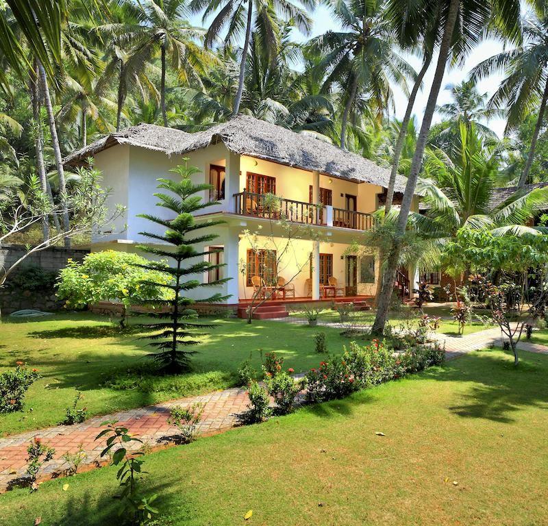 15 Utterly Luxurious Mediterranean Mansion Exterior: Booking.com: Resort Abad Harmonia Ayurvedic