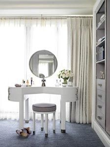 David Collins Designed White Lacquered Dressing Table