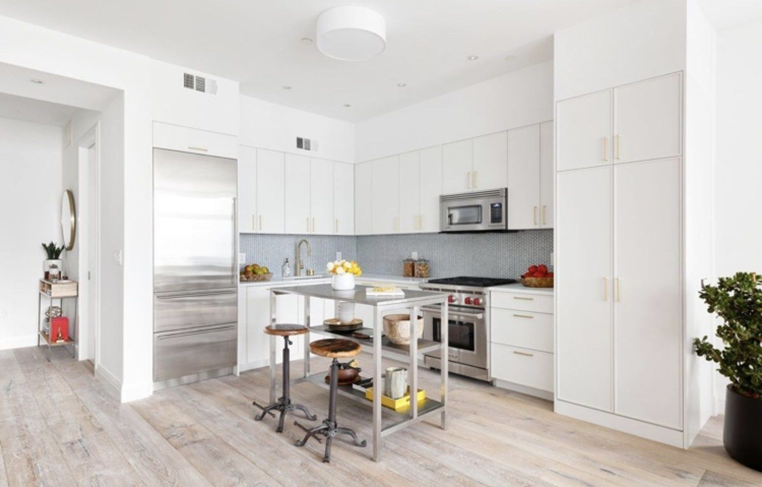 Ira Glass\'s Completely Renovated New York City Condo Is on the ...