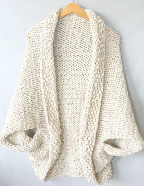 Easy Knit Blanket Sweater - Free Pattern | Knit It | Pinterest | Manta