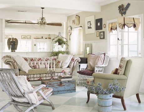 I Love this pastel colors Shabby Chic Furniture ideas blue chest - shabby chic wohnzimmer