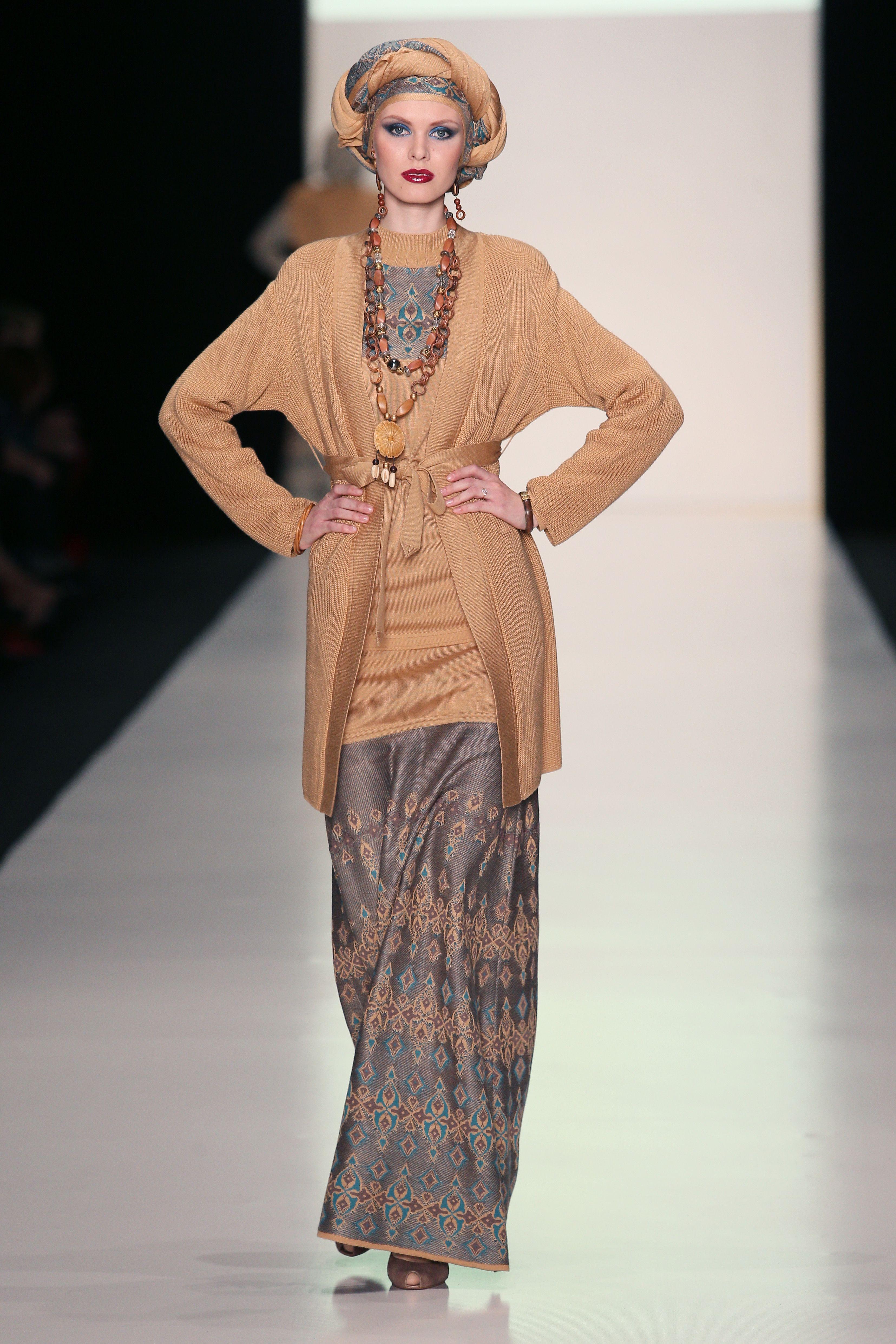 """SLAVA ZAITSEV for Ufa Knitwear LLC, TM """"TRICARDO"""" - Spring/Summer 2014 / Mercedes-Benz Fashion Week Russia"""