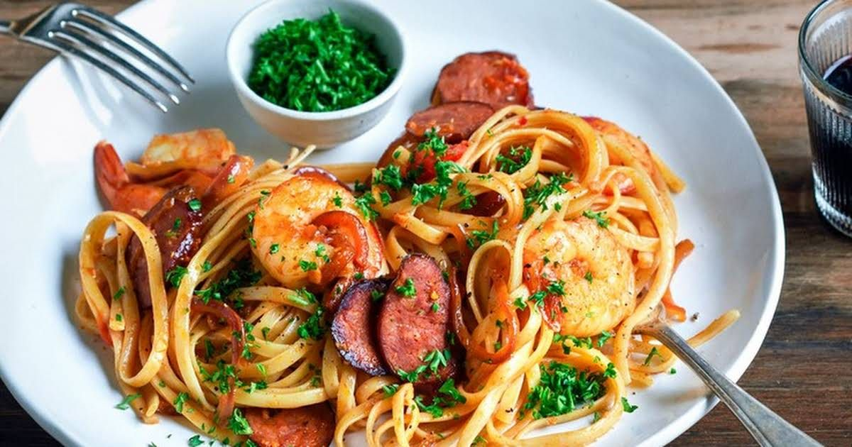 Prawn Chorizo And Chilli Pasta Recipe Yummly Recipe Easy Prawn Recipes Chilli Pasta Pasta Recipes