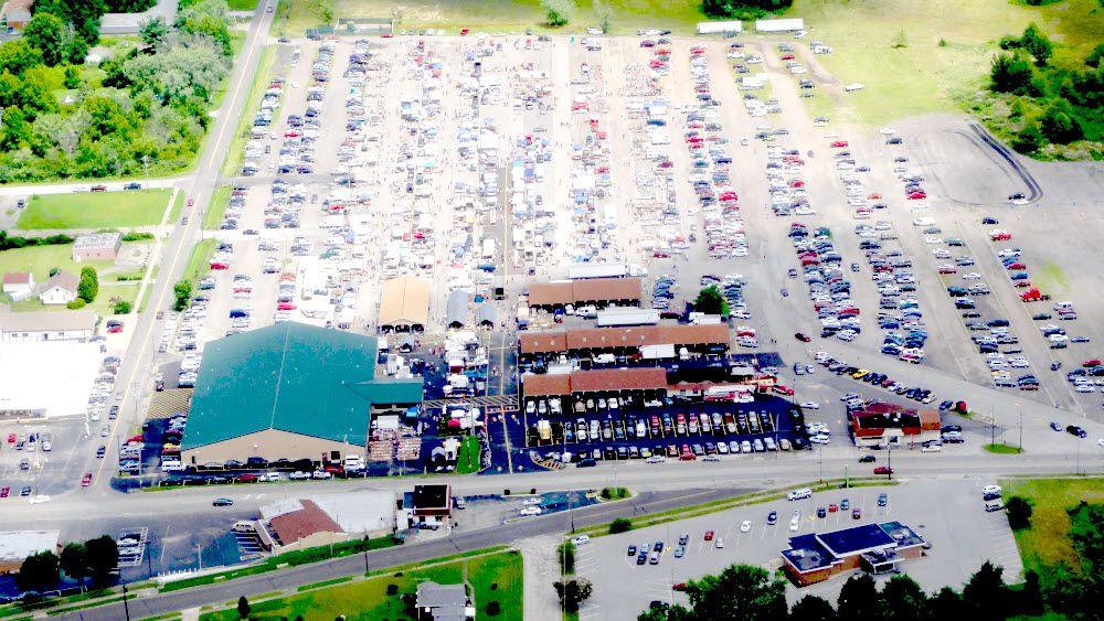 Four Seasons Flea Farm Market 330 744 5050 Youngstown Ohio