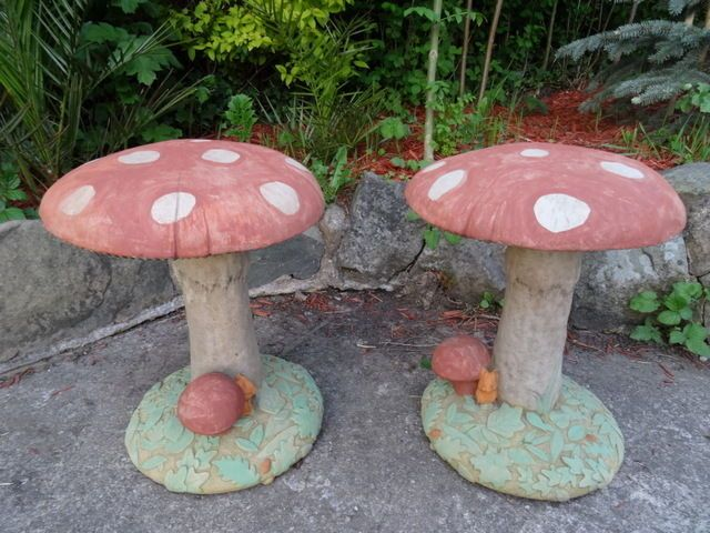 Details About 2 Vintage French Style Stone Saddle Toadstool Mushroom Leaves Mouse Garden Seats Garden Seating Garden Ornaments French Vintage