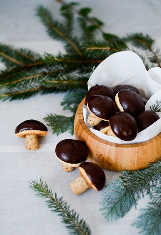Walnut mushroom cookies