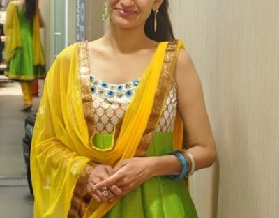 Neha Mehta in saree - Neha Mehta Rare and Unseen Images, Pictures
