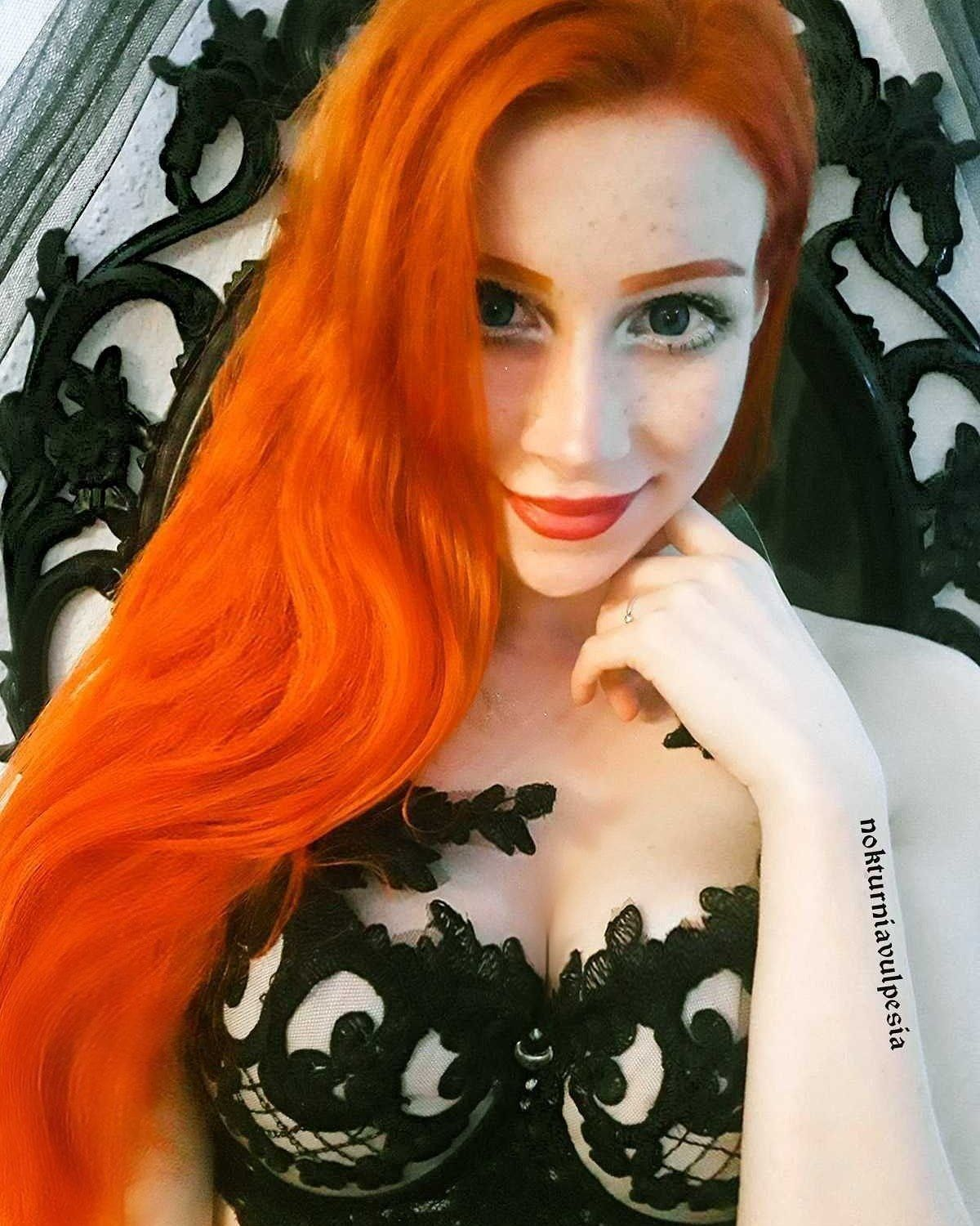 My world of gothic aesthetic Red hair tumblr, Red hair