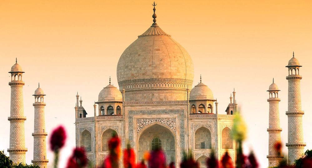 5 Historical Places You Should Visit In 2019 Absolute Knowledge Taj Mahal Agra Fort India Tour
