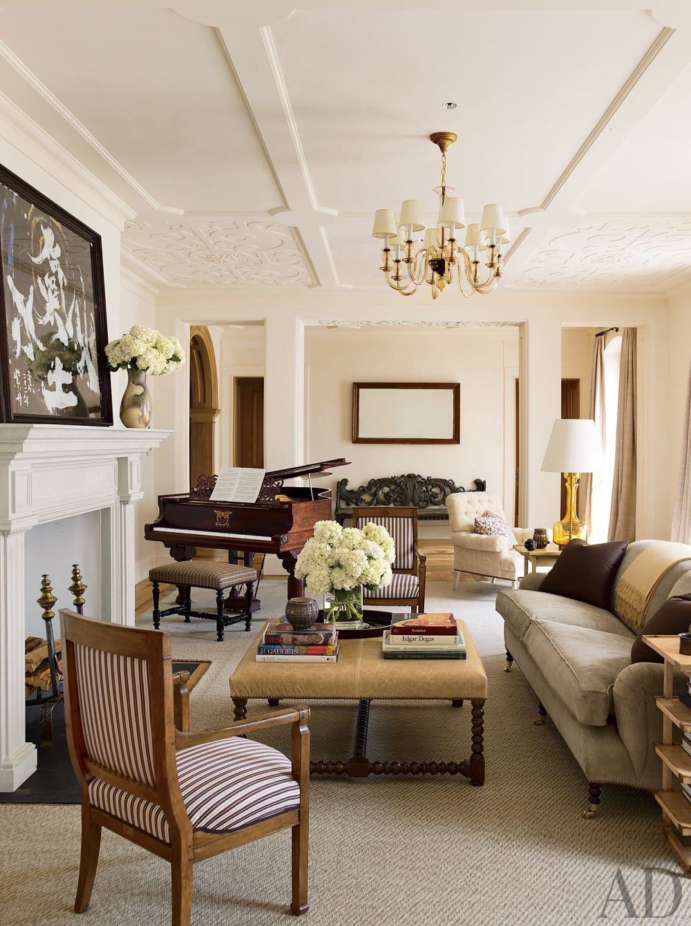 Ottoman Empire Via Archdigest Designfile Modern Living Room Interior Apartment Living Room College Living Rooms