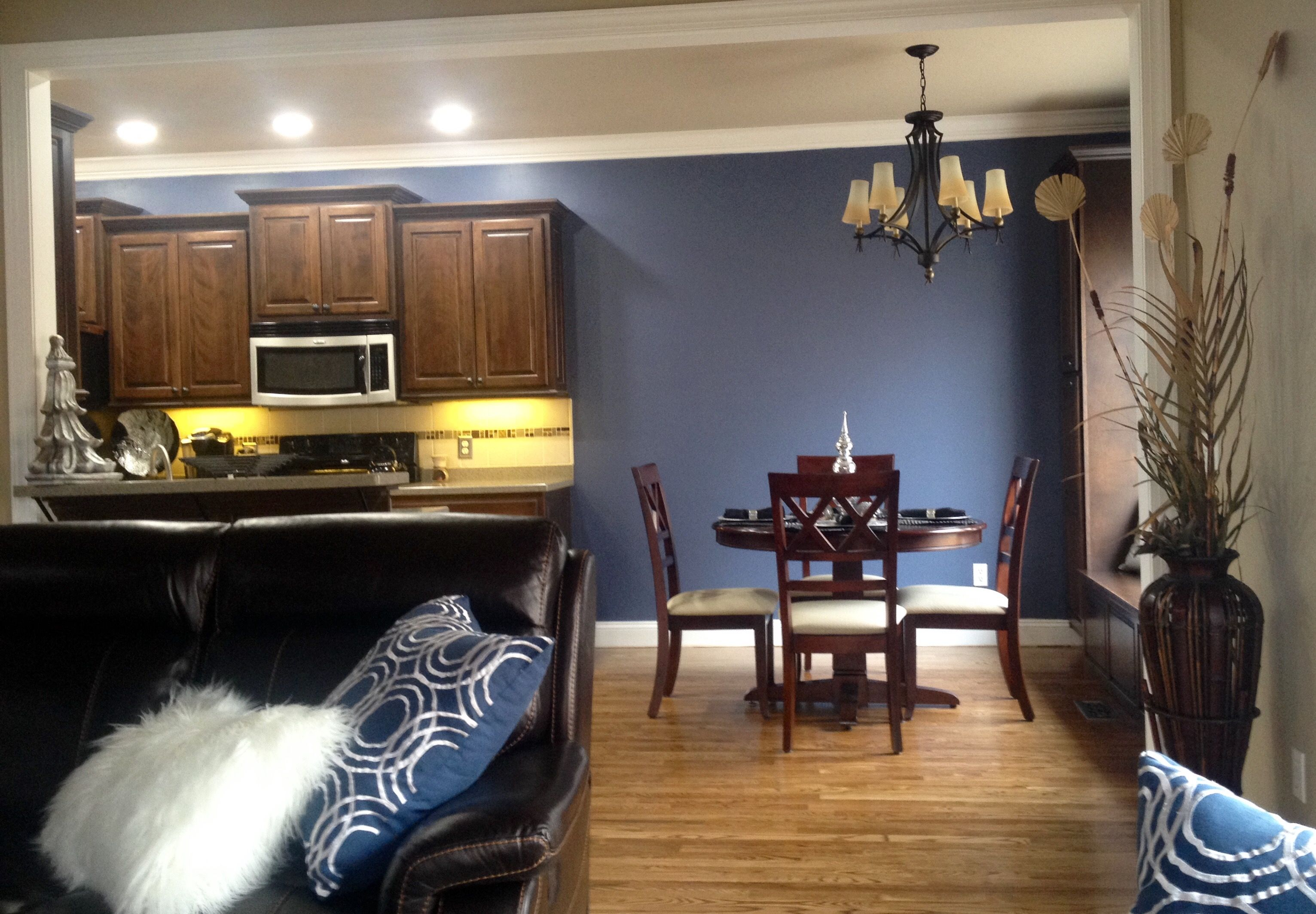 sherwin williams distance paint color family room on best neutral paint colors for living room sherwin williams living room id=51043