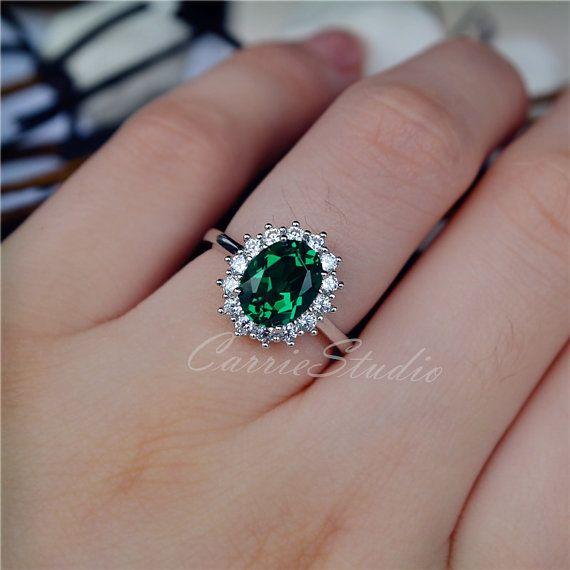 Classic Oval Emerald Ring Royal Style 79 Mm Emerald Ring Etsy Emerald Engagement Ring Aquamarine Engagement Ring 14k Engagement Ring