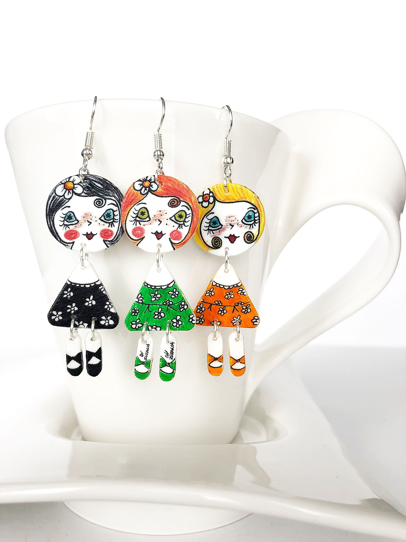Cute doll shape earrings hand drawn shrink plastic and