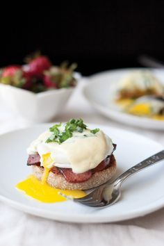 Classic Eggs Benedict with Hollandaise ‹ Hello Healthy