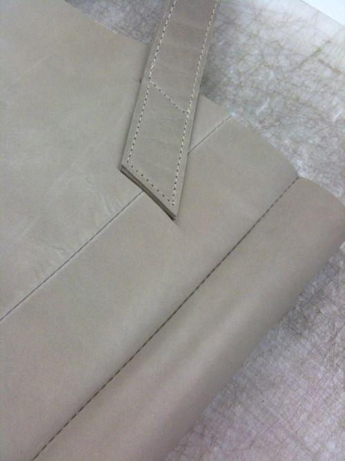 sneak peek of the komma, shopper bags