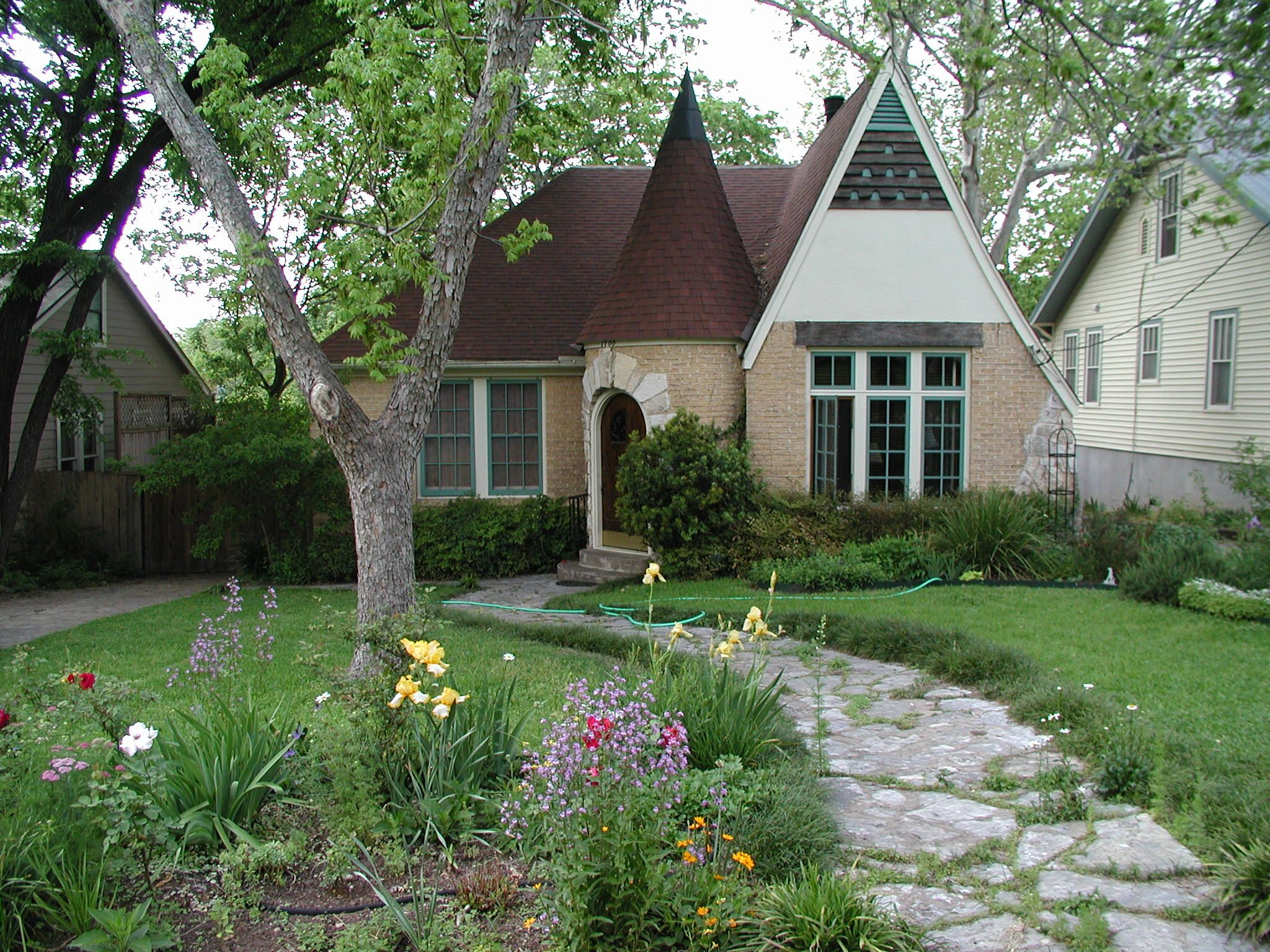 French eclectic style home in the Austin Texas historic