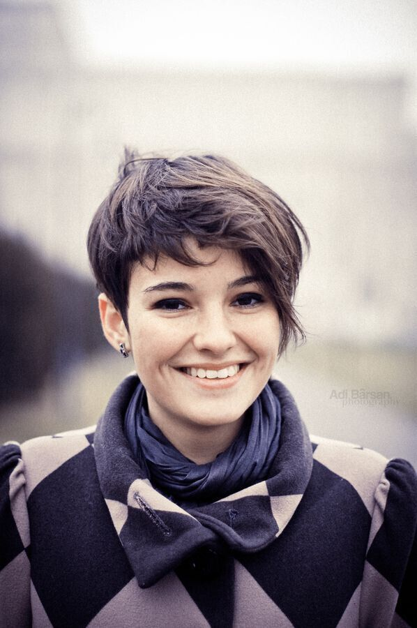 20 Short Hairstyles For Girls With Or Without Curls 1 Short