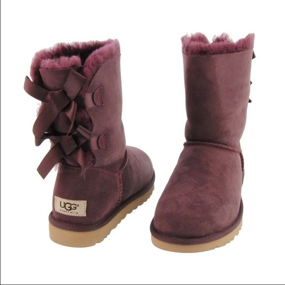 Maroon Bailey Bow Uggs Awesome Boots Only Worn A Few Times Will Post Pictures When I Get