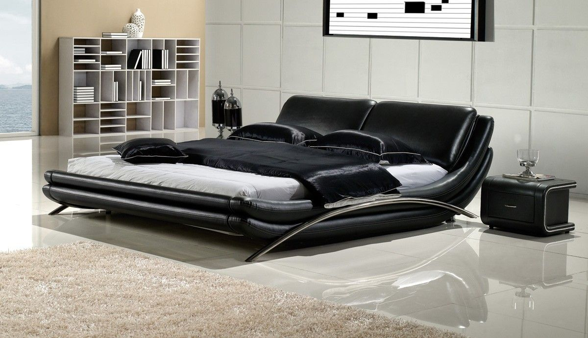 Merveilleux Http://www.rayafurniture.com/black Leather Bedroom Furniture/