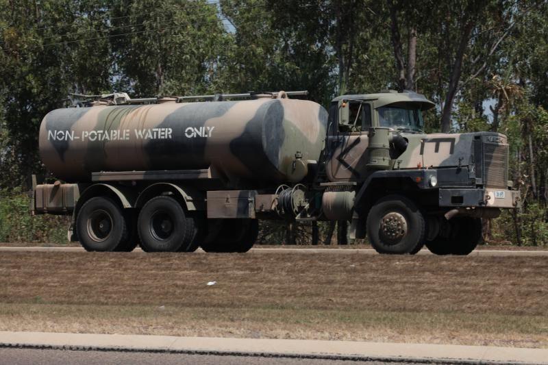 Australian Army Mack Mc3 Water Tanker Cold War Military Military Vehicles Mack Trucks