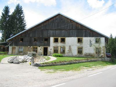 Decouvertes Touristiques Du Haut Doubs Doubs Franche Comte Maisons Francaises Maison Style Haut Doubs