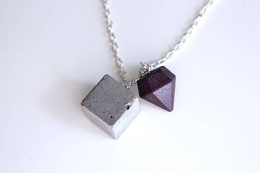 Na_Beton / Betónová kocka s diamantom