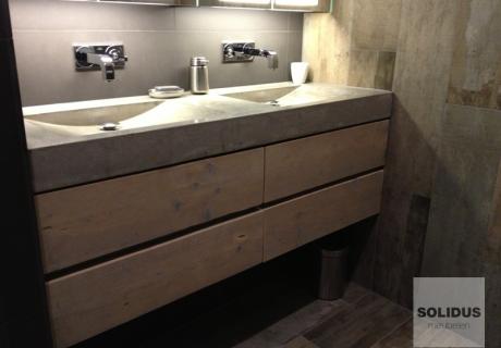 Goed kleine wastafel en meubel met opbergruimte hansgrohe badkamer