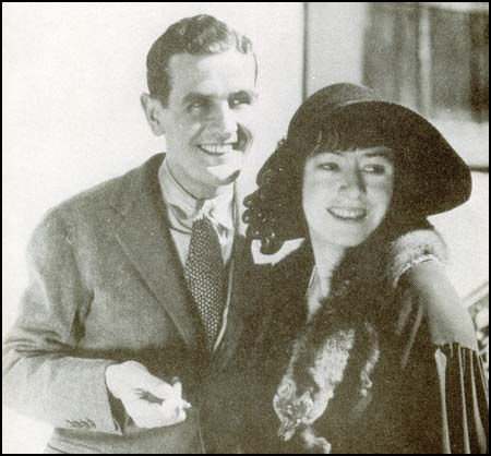 Alan Campbell and Dorothy Parker moved to Hollywood and signed ten-week contracts with Paramount Pictures, with Campbell (who was also expected to act) earning $250 per week and Parker earning $1,000 per week. They would eventually earn $2,000 and in some instances upwards of $5,000 per week as freelancers for various studios. She and Campbell worked on more than 15 films.