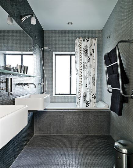 Badkamer met grijze mozaïek - Stel, Badkamer en Bamboe